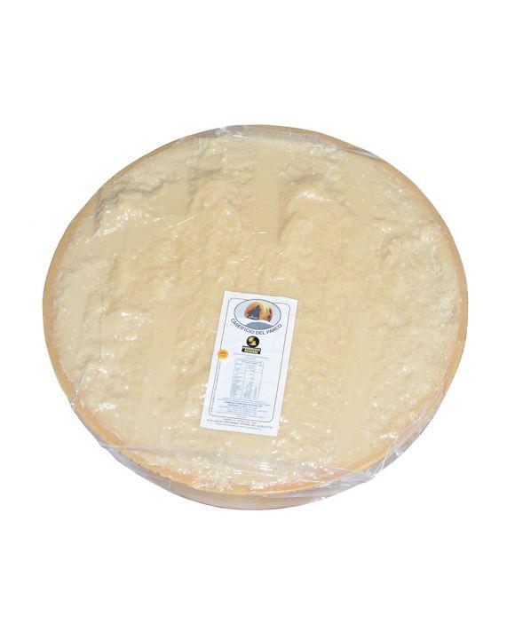 Mezza forma Parmigiano Reggiano